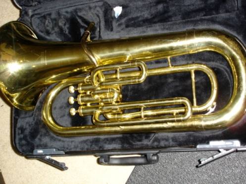 Funny looking saxophone